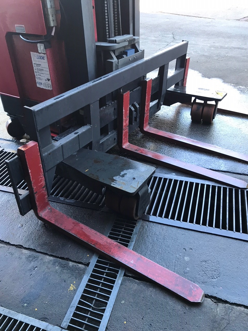 Raymond-Forklift-Finder-Services-3 - Forklift Finder Service