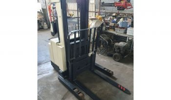 Crown 1.5T (2.5m Lift) Walkie Stacker, Electric 30WRTL102 full