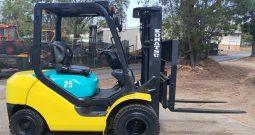 Komatsu 2.5T (4.3m Lift) Diesel FD25T-16 Forklift